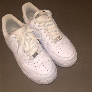 G Nike's Air Force Ones size 7